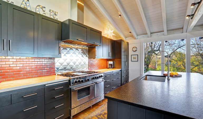 5 Great Renovation Ideas for Small Kitchens