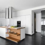 Can Kitchen Islands Work With Your Cooking Space?