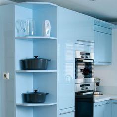 corner kitchen shelves