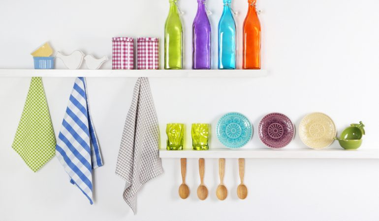 5 Smart Ways of Placing a Shelf in the Kitchen