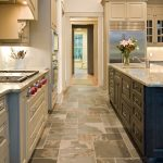 5 Ways to Incorporate Natural Stone in Kitchens