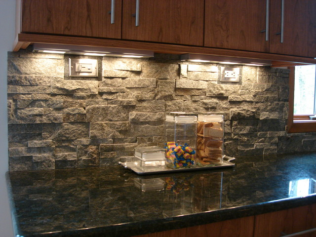 Whether half or full backsplashes stone makes for a very intriguing material. It goes with any type of modular kitchen any color and looks beautiful ... & 5 Ways to Incorporate Natural Stone in Kitchens - HomeLane Blog