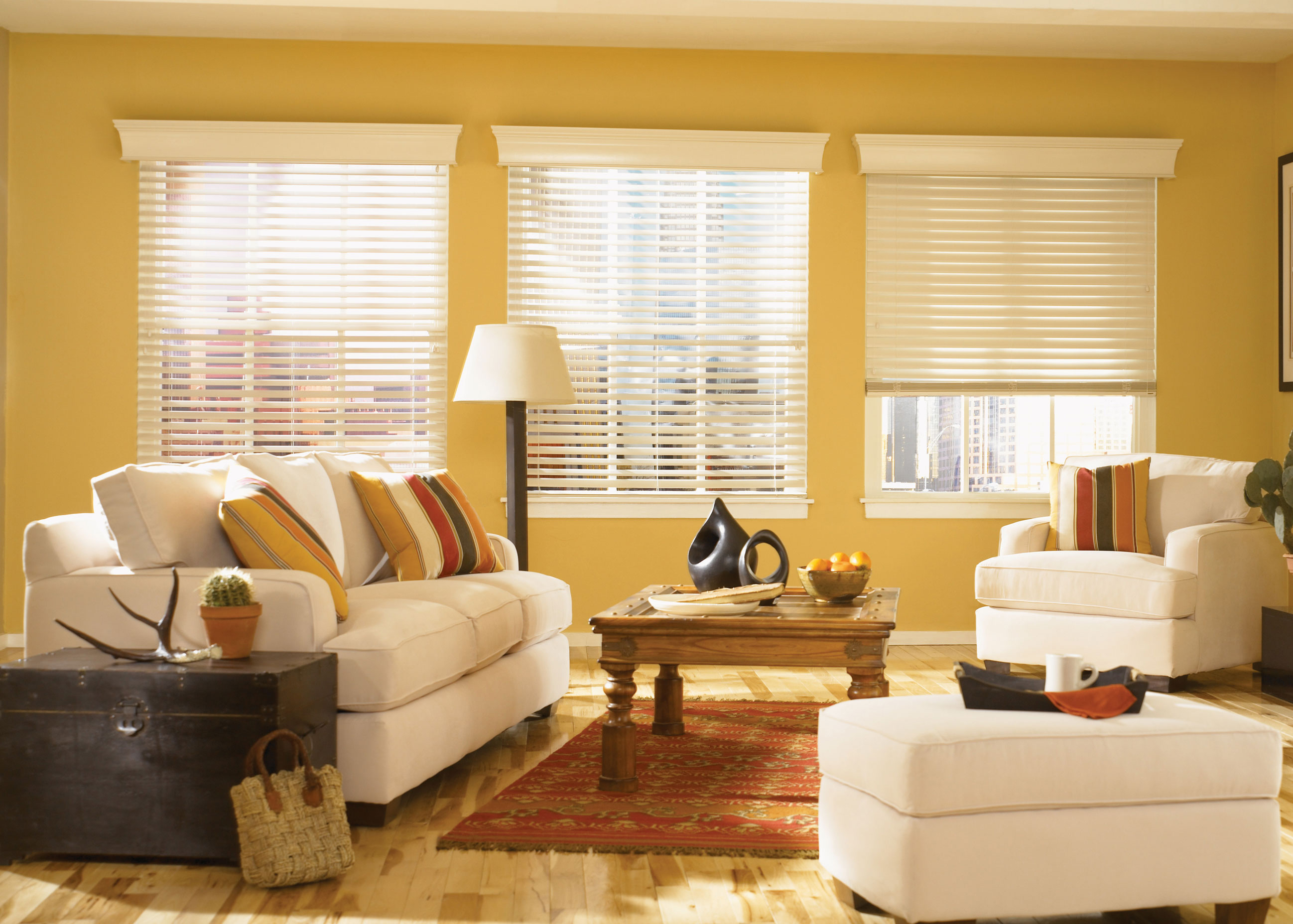 Window Blinds vs Window Curtains